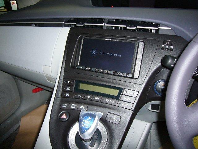 トヨタ プリウス(30系)2