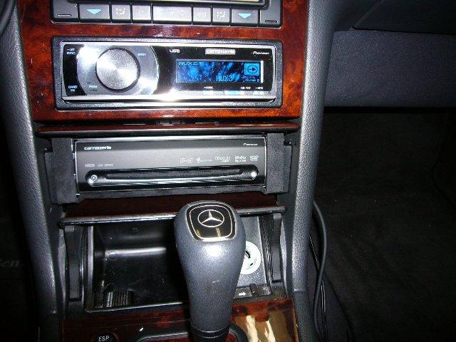Mercedes-Benz Eクラス(210)3