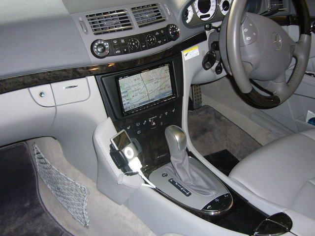 Mercedes-Benz Eクラス(211)2