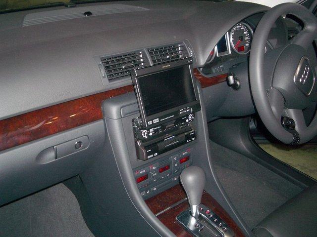 Audi A4(1)