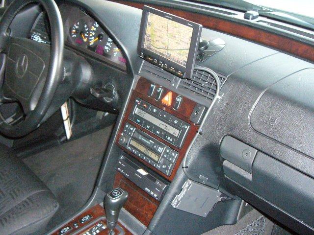 Mercedes-Benz Cクラス(202)4