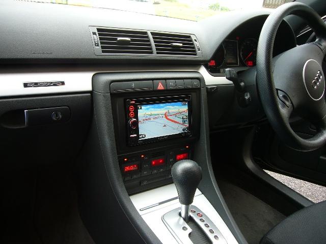 Audi A4(6)