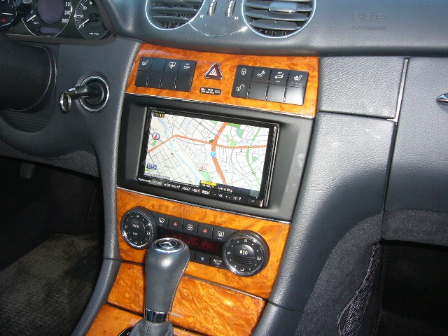 Mercedes-Benz CLKクラス(209)harman/kardon