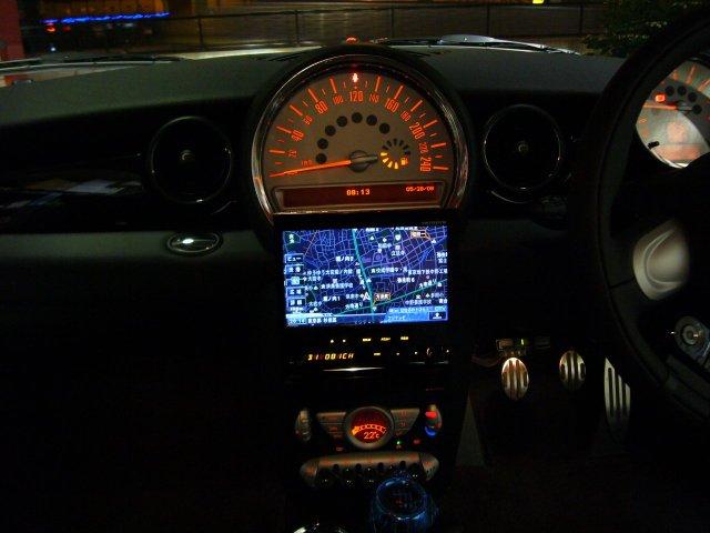 BMW ミニ(R56)1